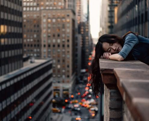 Sieste repos efficacité travail productivité sommeil performance risques psychosociaux récupération fatigue